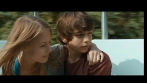Baby(a)lone 2015 with English Subtitles 10