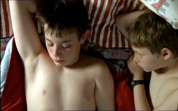 Close to Leo 2002 with English Subtitles 1
