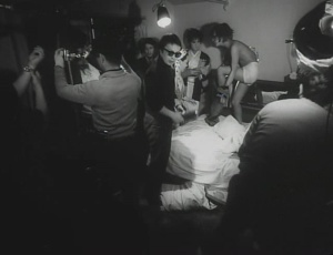Funeral Parade of Roses 1969 with English Subtitles 6