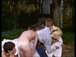 La maison des bois 1971 with English Subtitles 5
