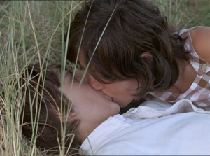 Mes petites amoureuses 1974 with English Subtitles 12