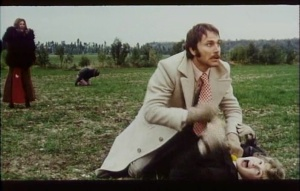 Senza ragione 1973 in English 5