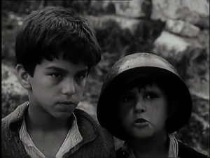 Tomka dhe Shoket e tij 1977 with English Subtitles 4