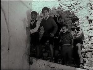 Tomka dhe Shoket e tij 1977 with English Subtitles 6