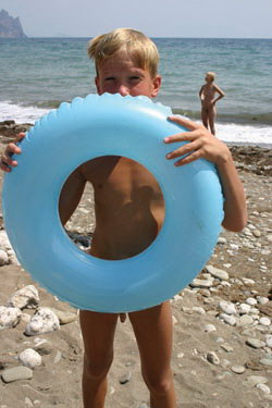 Sunny Days Funny Plays (Naturist) Crimea on DVD